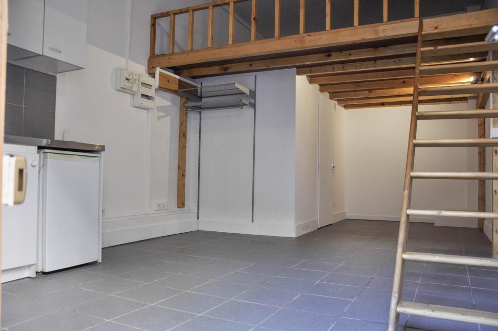 infinity capital vente appartement t1 studio lyon 7e arrondissement. Black Bedroom Furniture Sets. Home Design Ideas